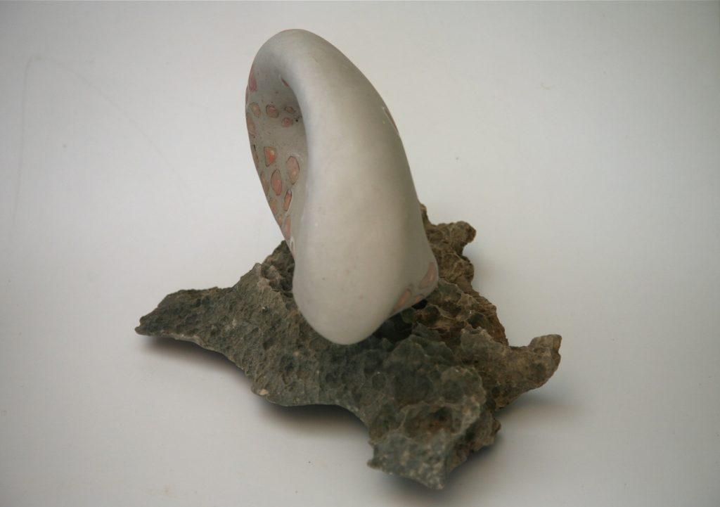 Astroboa, 2007, porcelain and fossil limestone,40 x 20 x 25 cm