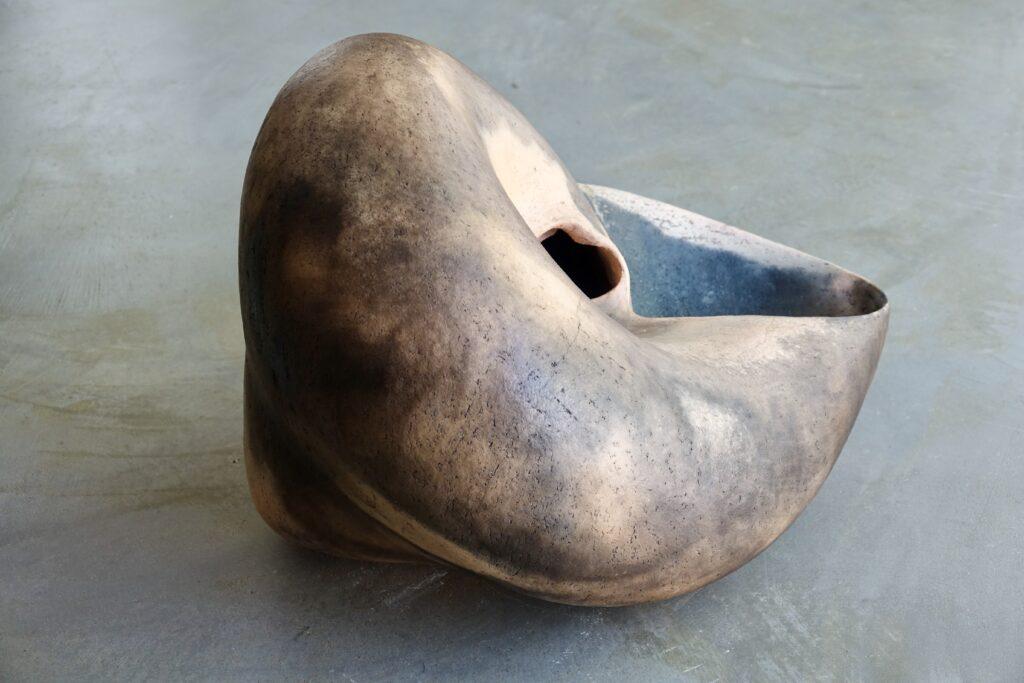Cittarium pica, 2021, earthenware, pitfired, 50 x 40 x 38 cm