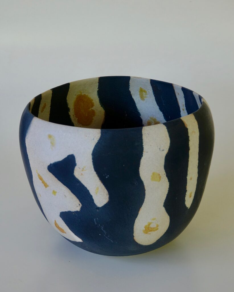 Tall Bowl, 2017, glazed stoneware, 35 x 26 x 35 cm